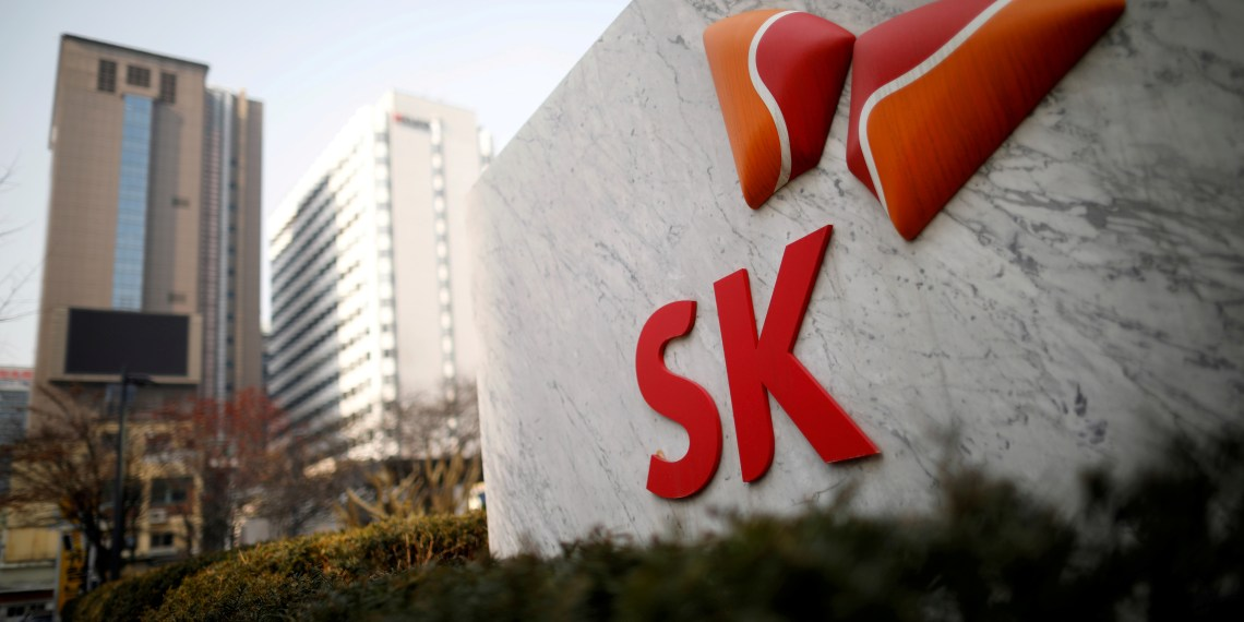 FILE PHOTO: FILE PHOTO: The logo of SK Innovation is seen in front of its headquarters in Seoul, South Korea, February 3, 2017. REUTERS/Kim Hong-Ji/File Photo/File Photo