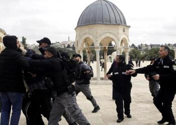 Israeli police confronts Palestinians at al-Aqsa mosque compound in Jerusalem, Monday, Feb. 18, 2019. (AP)