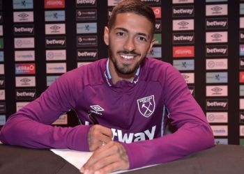 Manuel Lanzini's new deal keeps him at West Ham until 2023. Credit: West Ham United Football Club