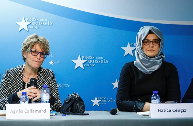 Agnes Callamard, U.N. special rapporteur on extrajudicial, summary or arbitrary executions, and Hatice Cengiz, the fiancee of murdered journalist Jamal Khashoggi, hold a news conference in Brussels, Belgium December 3, 2019. REUTERS/Francois Lenoir