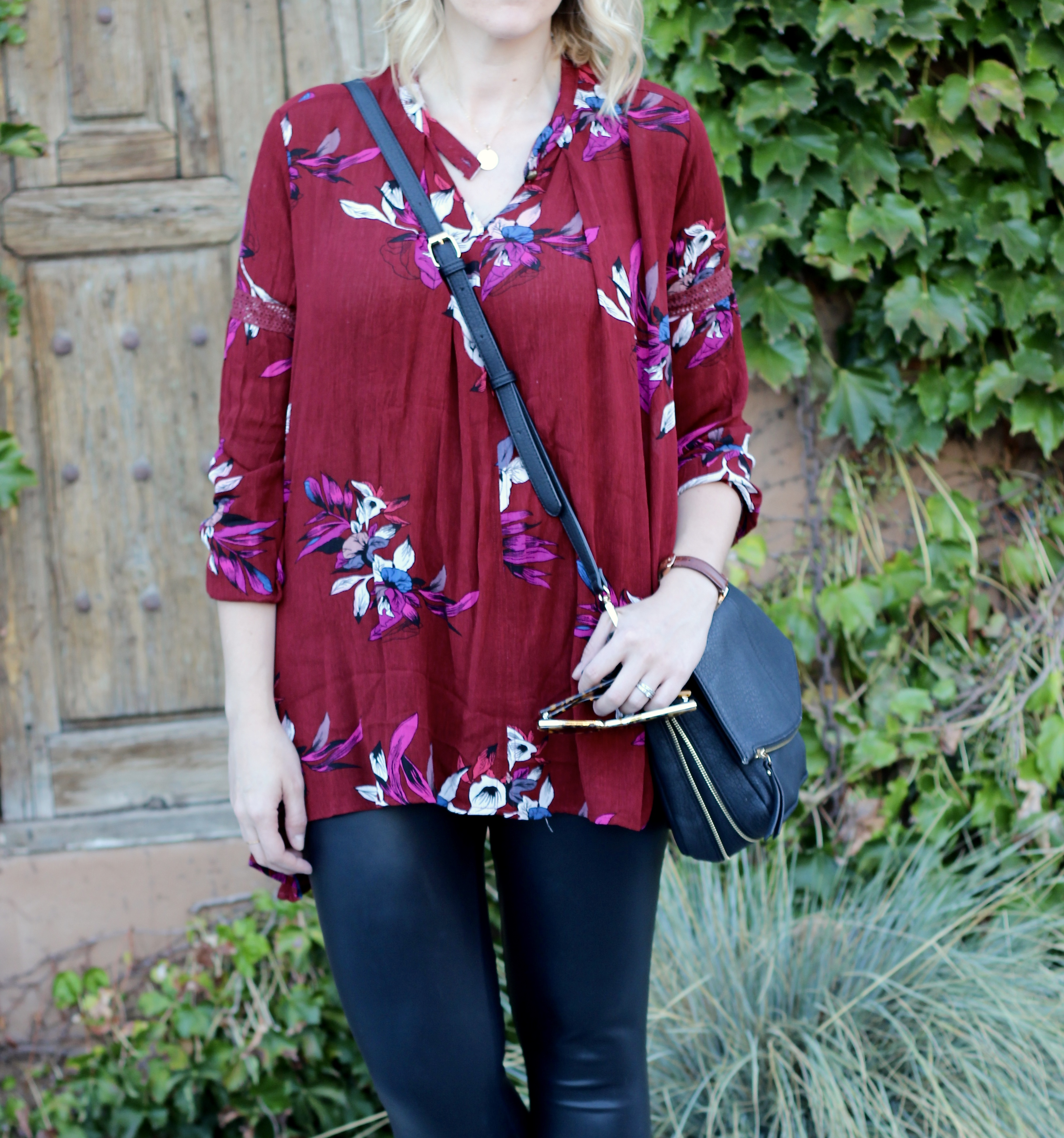floral print tunic with faux leather leggings #floralprint #falloutfit
