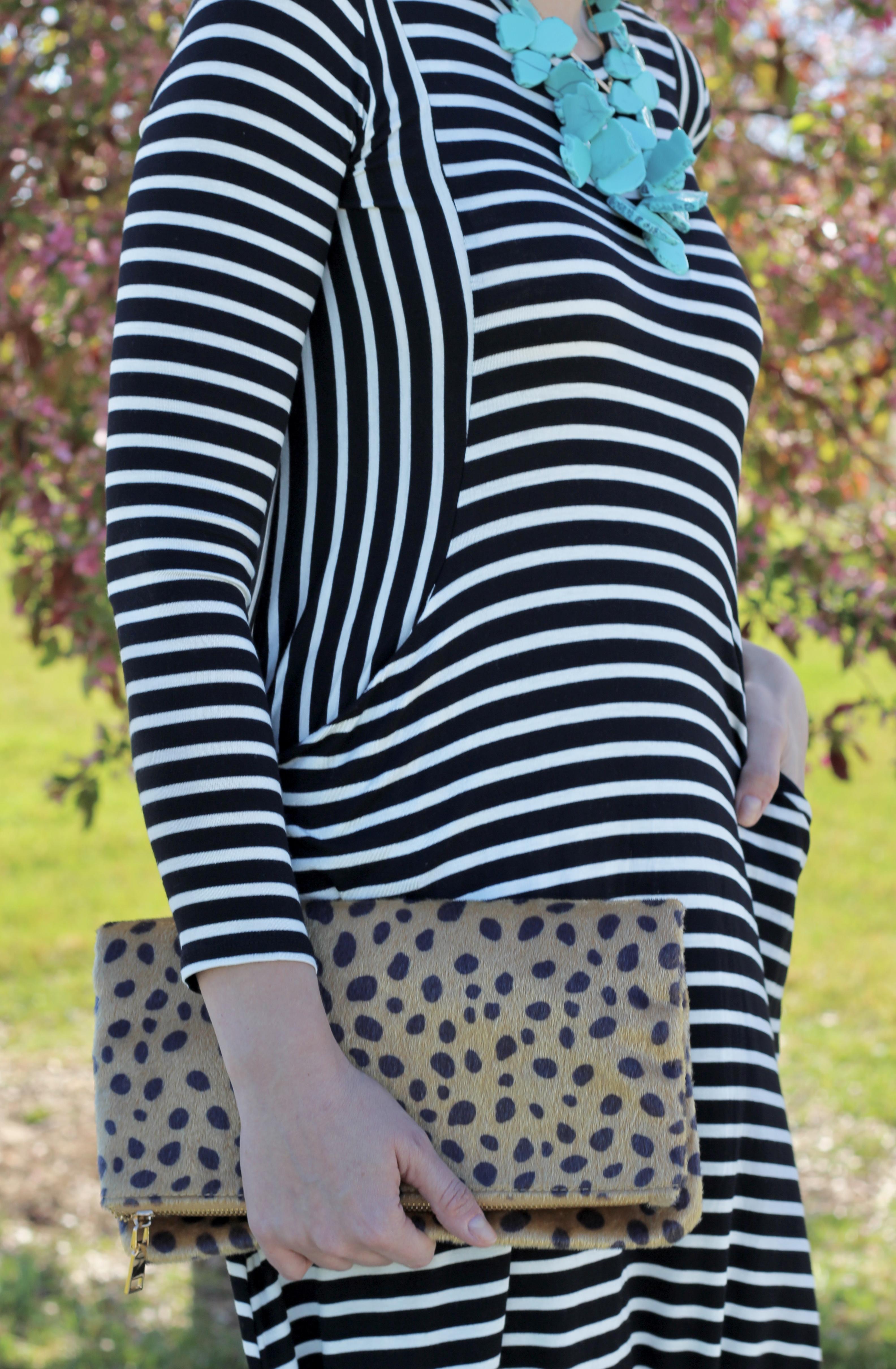 the cutest striped midi dress