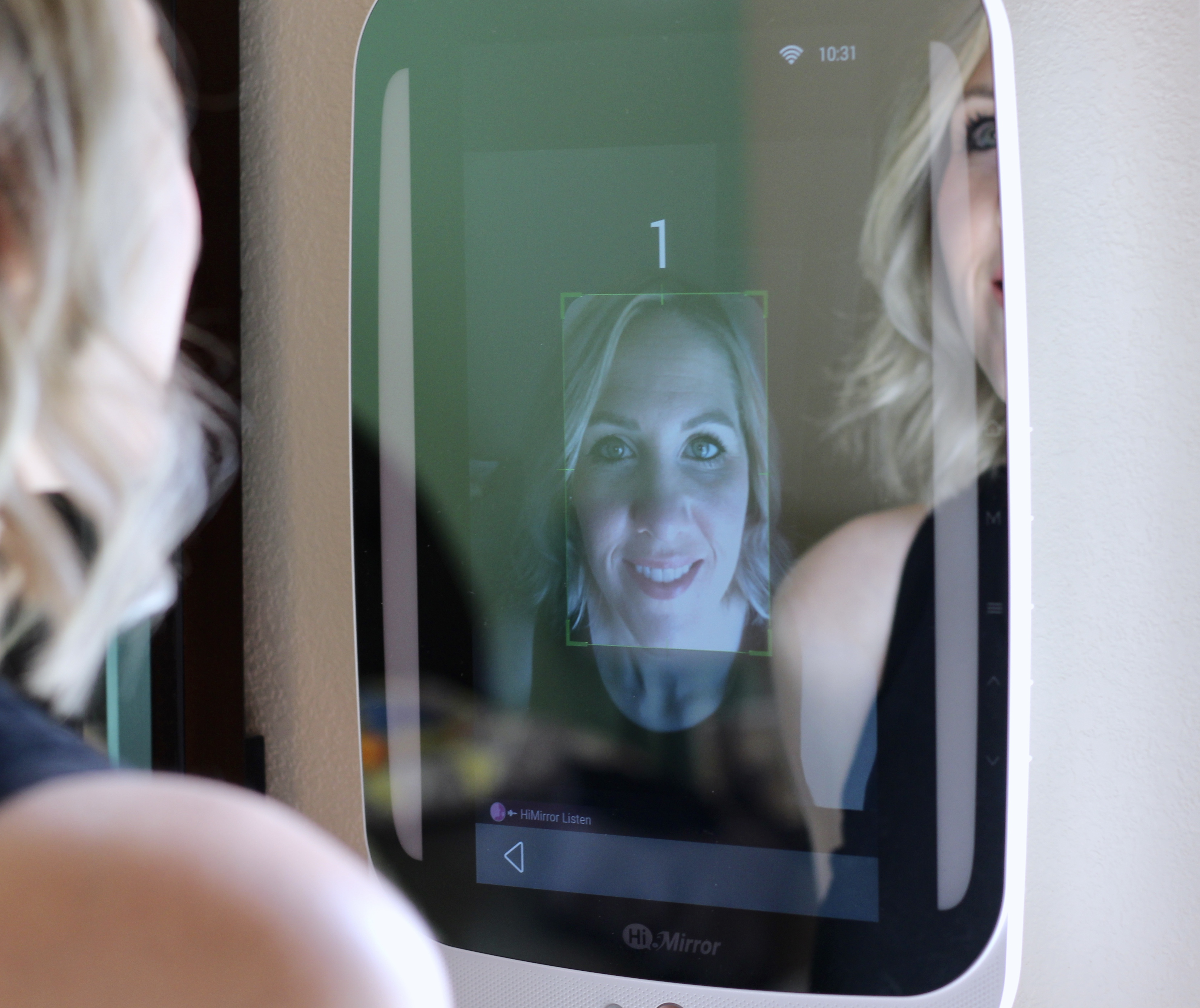 HiMirror Plus review
