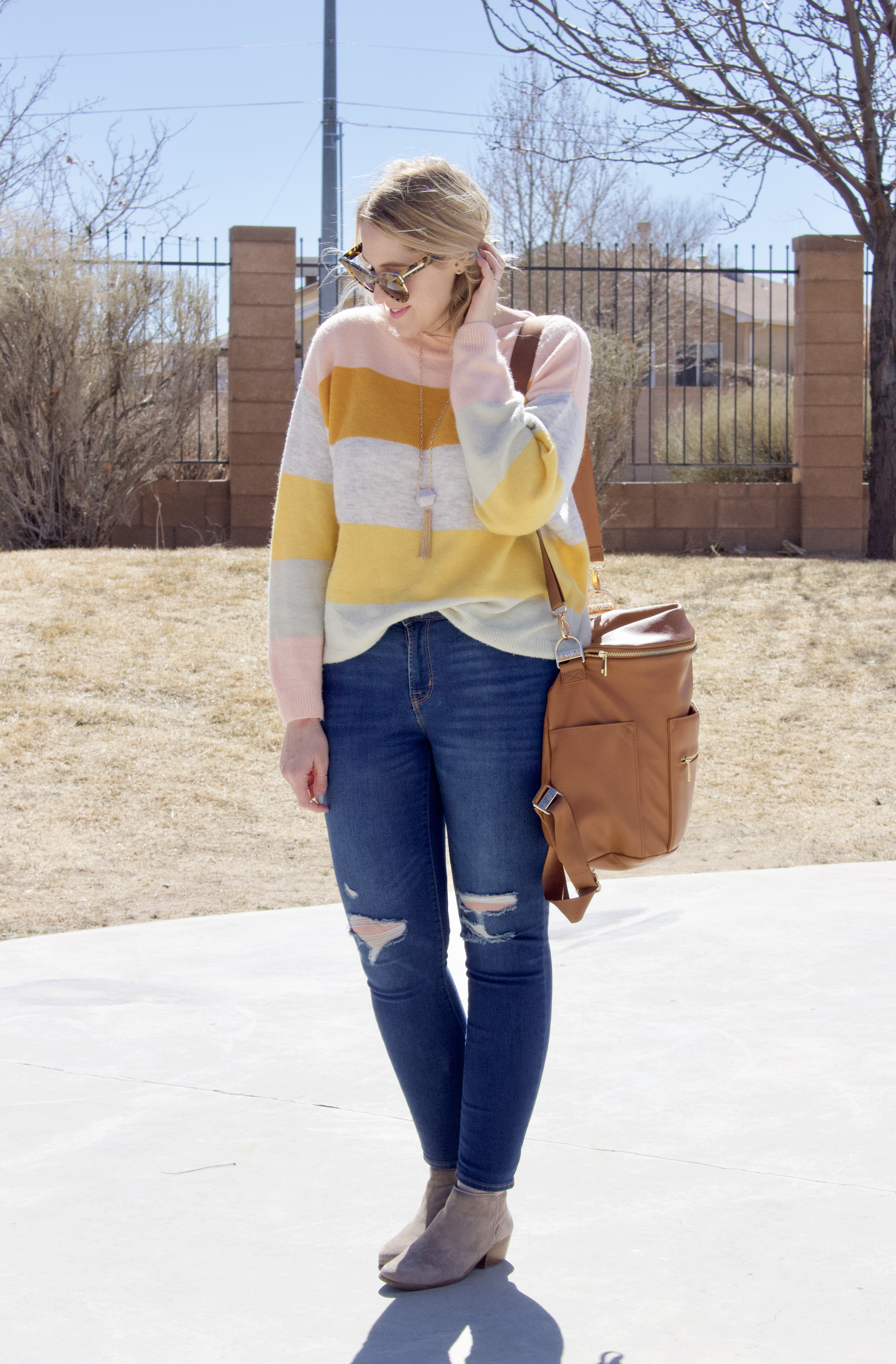 striped sweater from H&M for spring #stripedsweater #springoutfit #springstyle