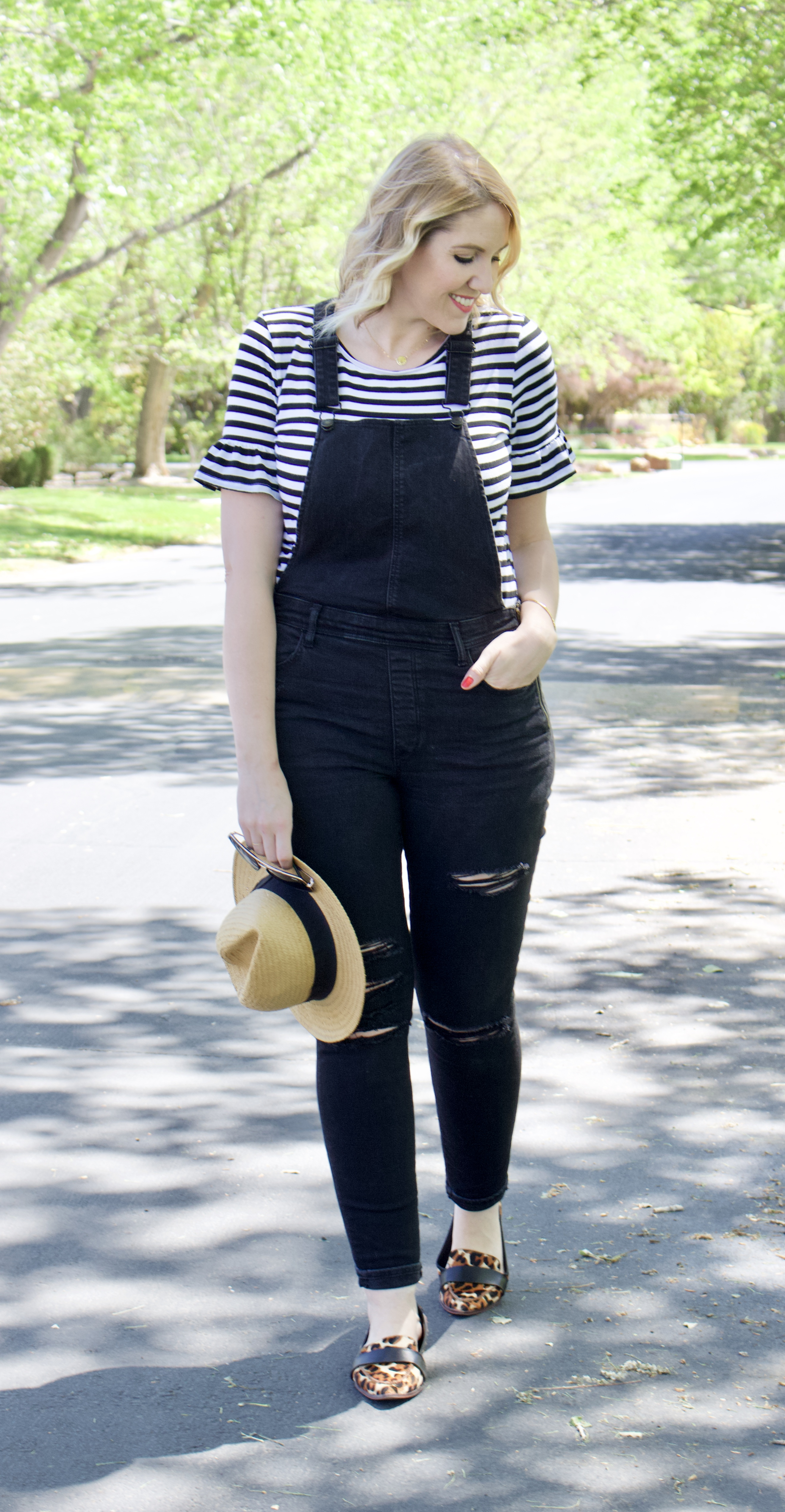 the weekly style edit fashion link up overalls #overalls #linkup #fashionblogger #styleblogger
