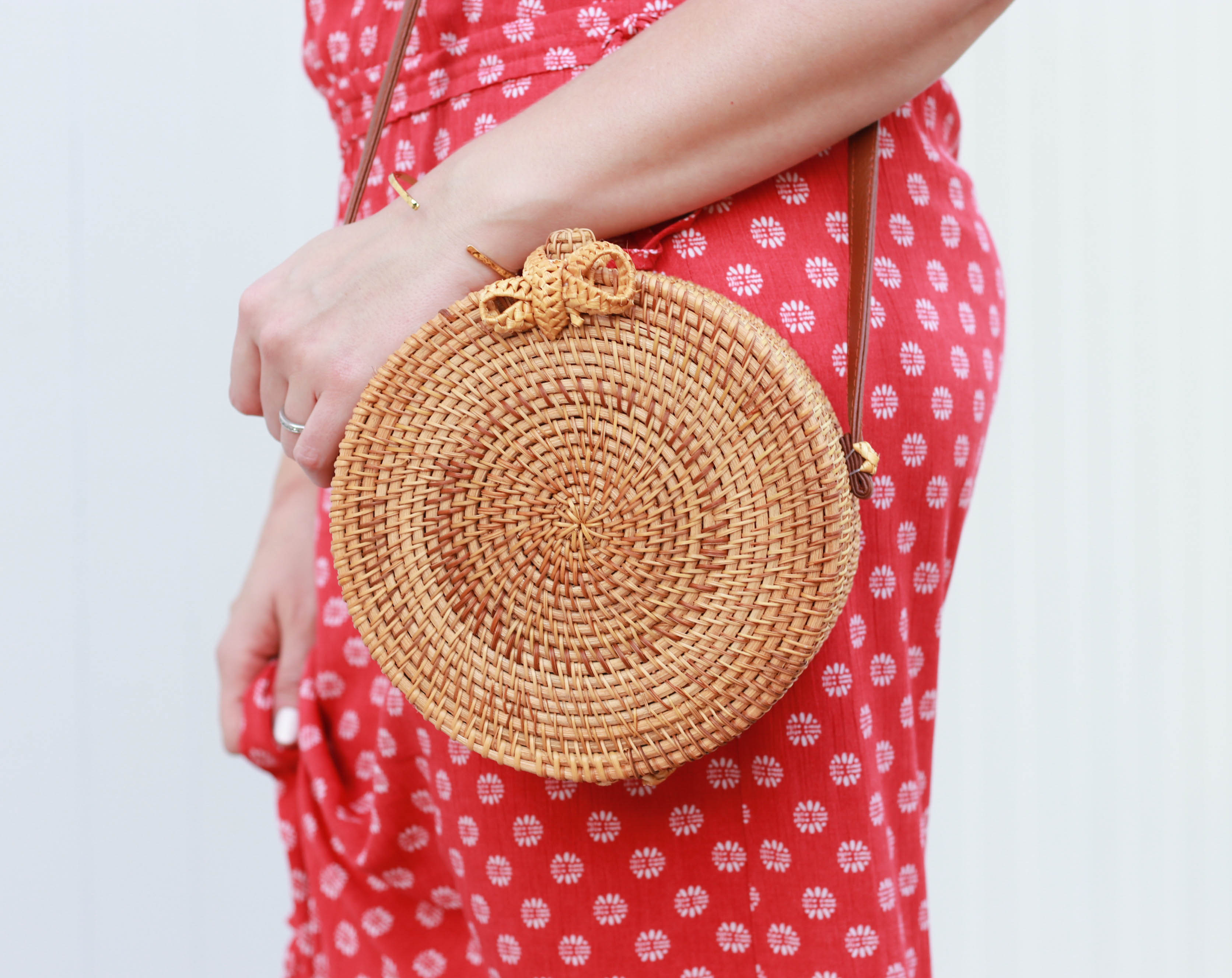 circle rattan bag #rattanbag #statementbag #outfitdetails