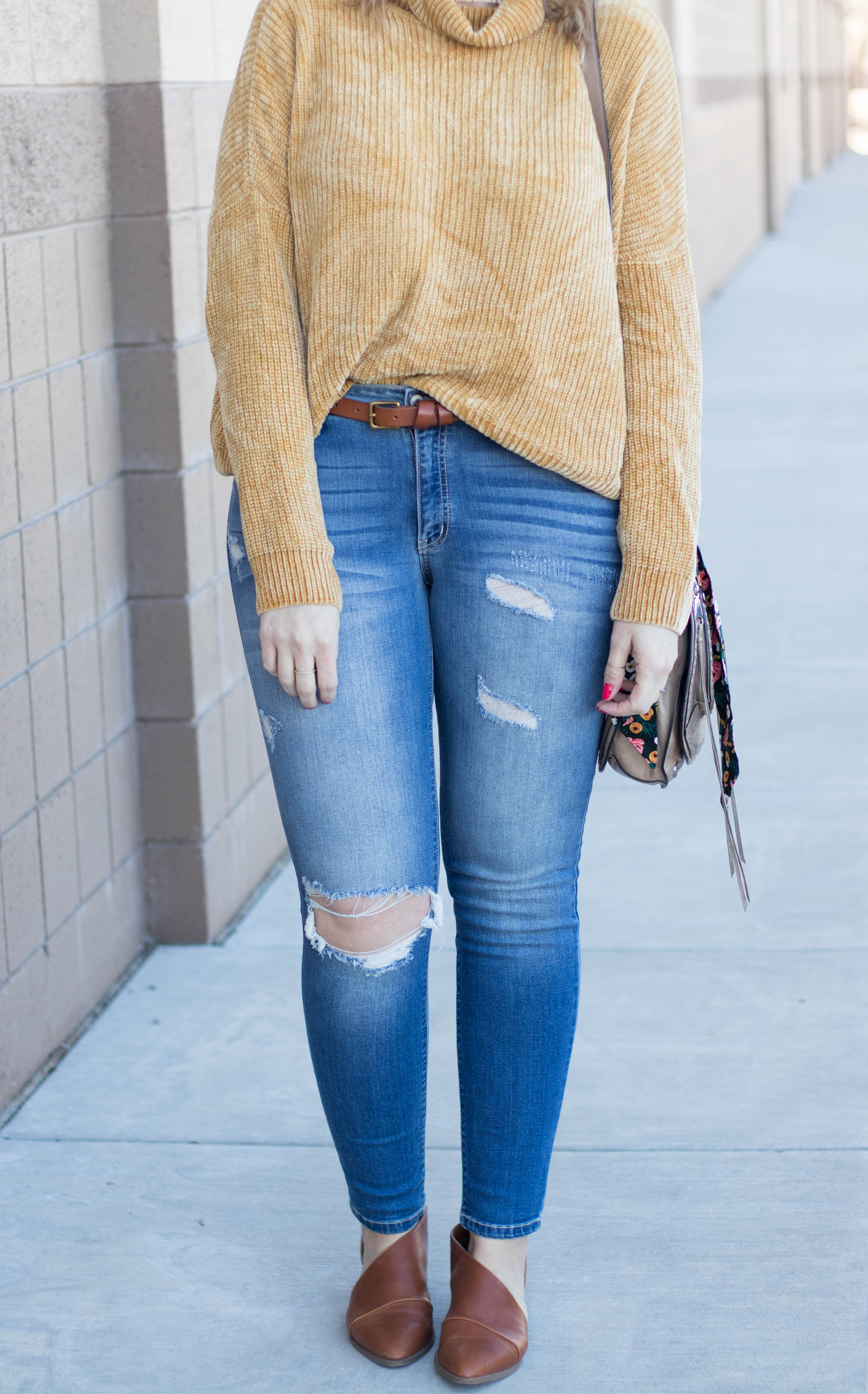 free people dupe cut out booties #freepeople #targetstyle #distressedjeans