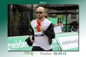 Craig running the Paris Marathon