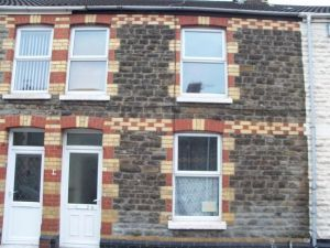 Front of Gwendoline St project