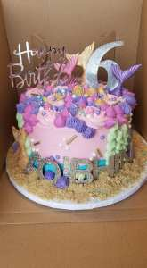 middle sister bakes original mermaid cake