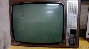 tv antiga - AS 10 maiores mancadas da TV brasileira