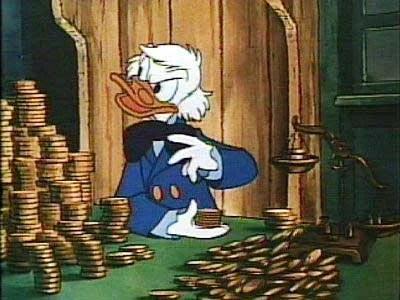 tio patinhas contanto o dinheiro