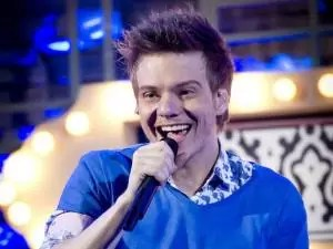 """michel telo - Billboard: Michel Teló com """"Aí se eu te pego"""" entra na lista Hot100"""