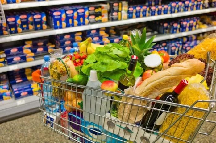 carrinho supermercado cheio