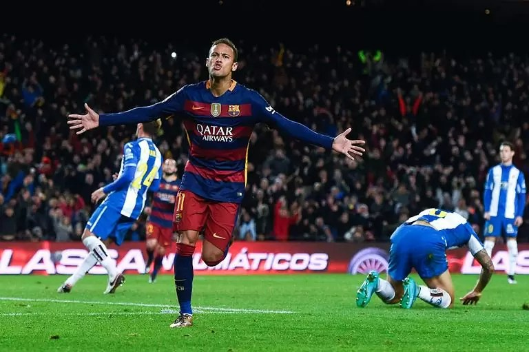 neymar comemora o ultimo gol do barcelona