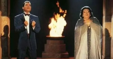 "mercury in barcelona - Relembre: Freddie Mercury e Monserrat Caballe cantam ""How Can I Go On"""