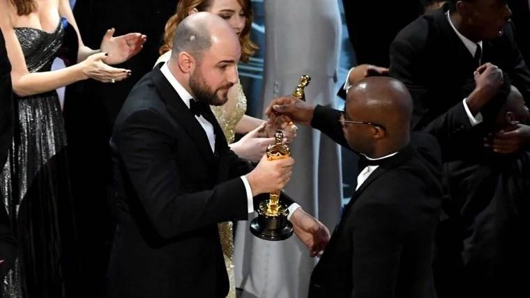 oscar2017 moonlight 760x428 - Assista e entenda ao mico do Oscar 2017 legendado para o português