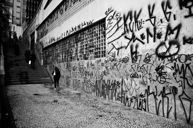 Fotos, Curiosidades, Comunicação, Jornalismo, Marketing, Propaganda, Mídia Interessante pichação Jornalistas da CBN indignam ouvintes perguntando se pichação é arte Cotidiano  pichação