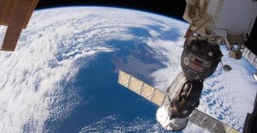 terra do espaço iss - ESA: Relatório Final da Schiaparelli que espatifou-se em Marte