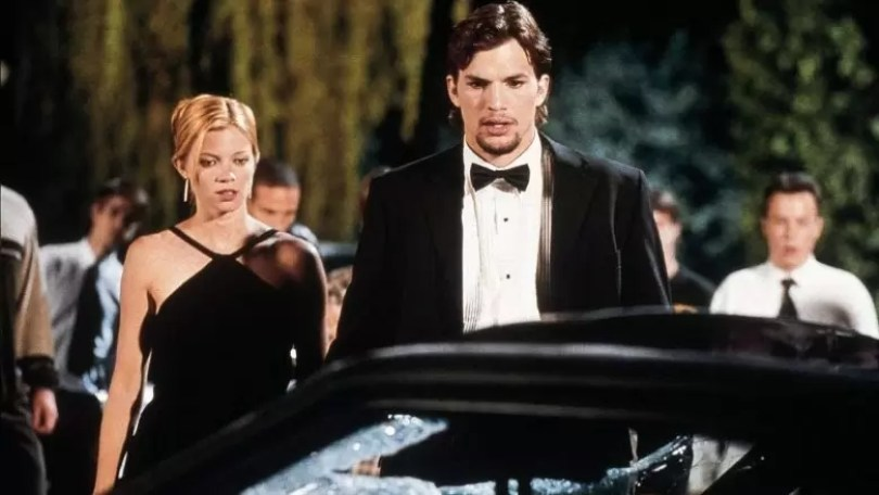 ashton kutcher e amy smart - Finais alternativos do filme Efeito Borboleta
