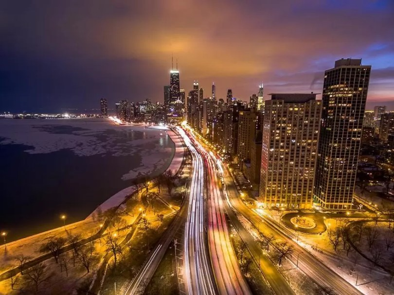 drone 27 Chicago From Above Awesome Bumblebee Photograph by Razvan Sera 5922d472bd51f  880 - Chicago e as novas perspectivas do olhar humano por Drones