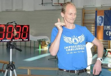 bater palmas com uma mao - Bater palmas com uma mão! Você consegue bater esse recorde?