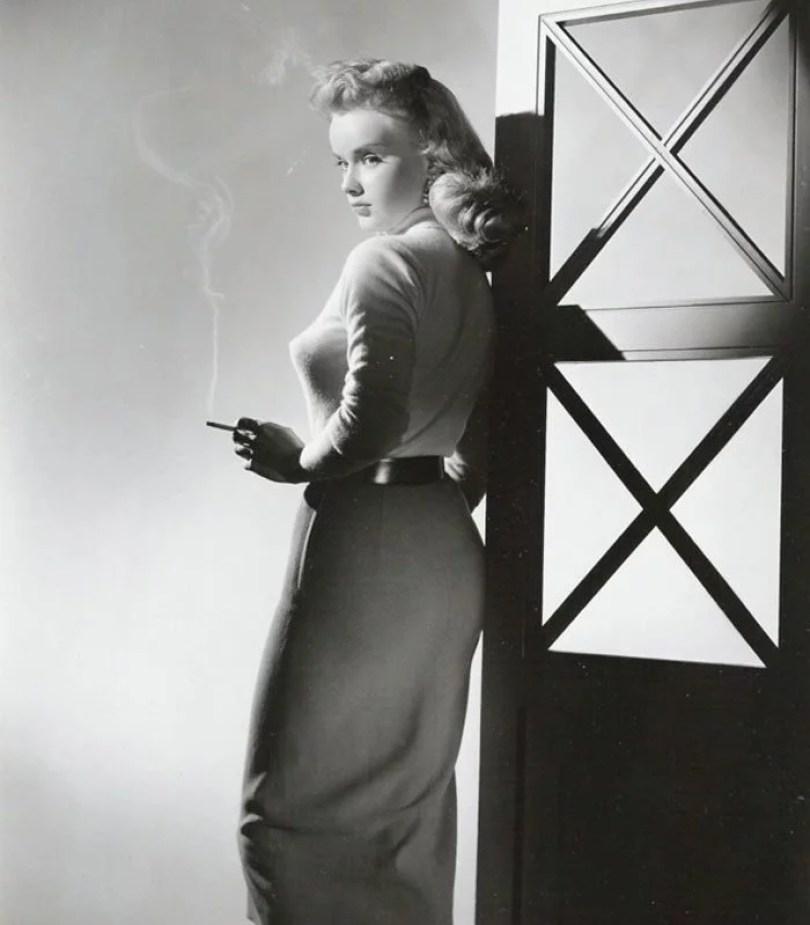 bullet bra fashion vintage sutiã cone moda mulheres anos 1940 1950 29 - Beleza da Mulher nas décadas de 40 e 50 e os sutiãs de bicudos