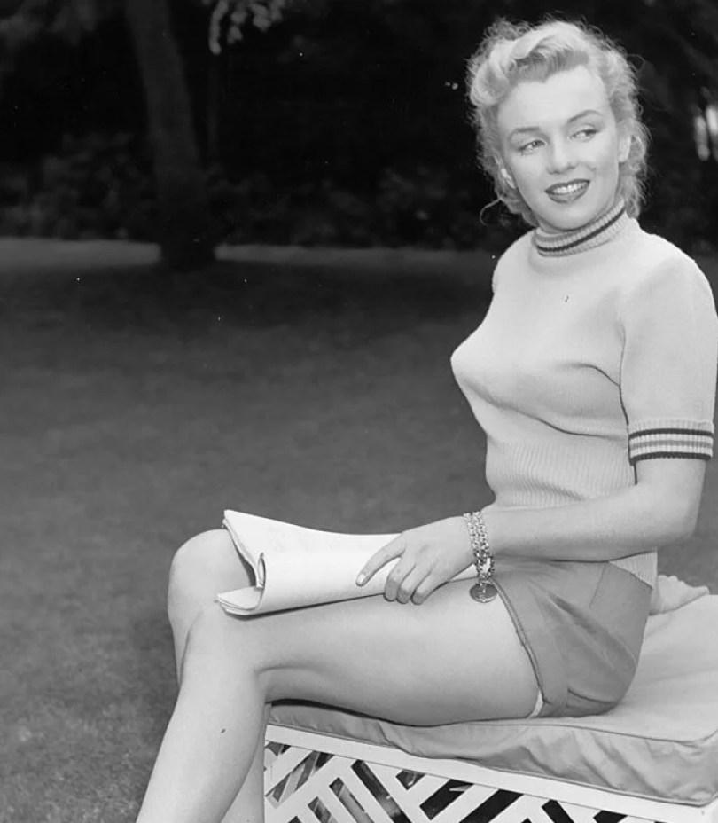 bullet bra fashion vintage sutiã cone moda mulheres anos 1940 1950 3 - Beleza da Mulher nas décadas de 40 e 50 e os sutiãs de bicudos