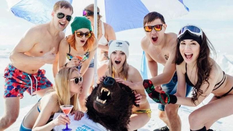 mulheres na siberia turismoAlexey Lovtsov3 - As praias de areia branca da Sibéria