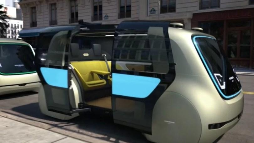 Sedric o carro do futuro nas ruas