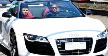 Neymar Jr. Driving Audi R8 - Crianças podem pintar dentro dos carros alugados da Hertz