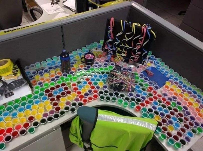 escritorio brincadeiras6 - Brincadeiras no escritório