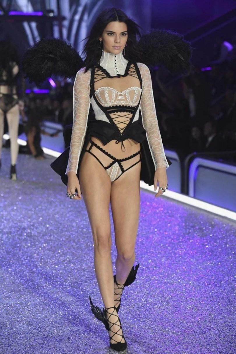 217 Kendall Jenner - 17 Modelos da Victoria's Secret que faltaram ao evento na China