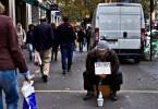 fotojornalismo fotojornalista mendigo frança europa problemas sociais falta de trabalho na europa - Fotojornalista revela o lado não tão romântico de Paris
