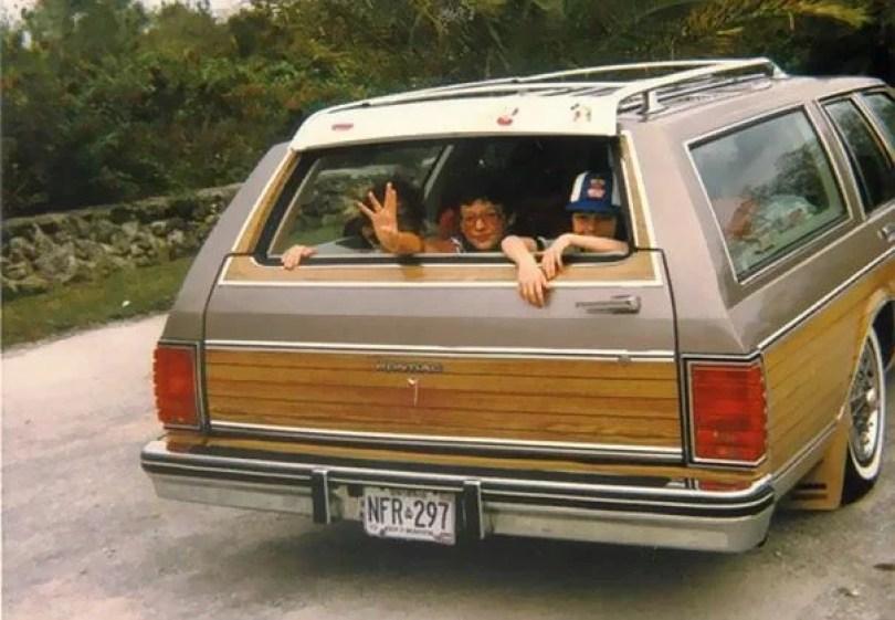 """vintage station wagon car 60s photography 14 5bb7361e0c3e6  605 - Fotos Vintage que comprovam que os carros dos anos 60 eram """"Dá hora!"""""""