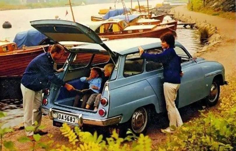 "vintage station wagon car 60s photography 5 5bb7360a63cc1  605 - Fotos Vintage que comprovam que os carros dos anos 60 eram ""Dá hora!"""