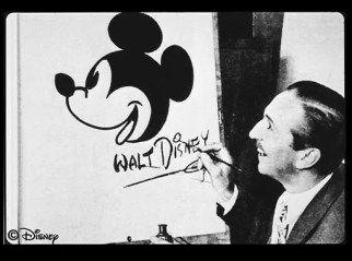 Walt Disney e Mickey Mouse - Personagens da Disney em comparação com sua arte conceitual original
