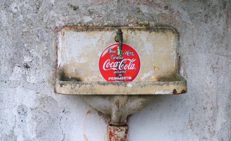 coca cola 1886 13 - Youtuber faz receita da Coca-Cola original de 1886