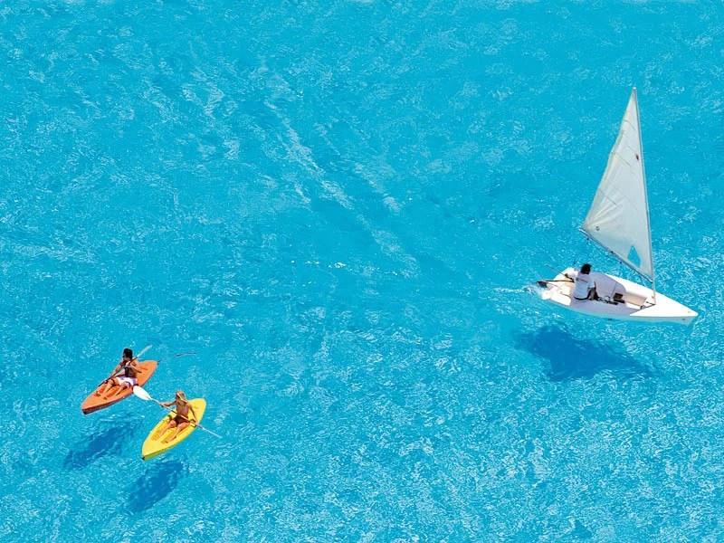 maior piscina do mundo - A maior piscina do mundo é tão grande que você pode ver do espaço