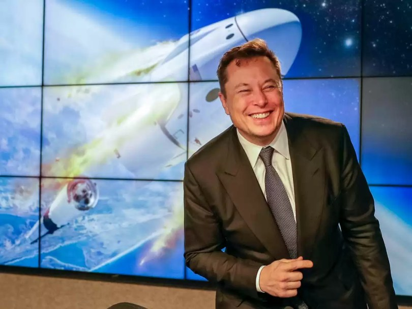 cres dragon elon musk - Reveja o lançamento SpaceX/NASA dos americanos na Crew Dragon