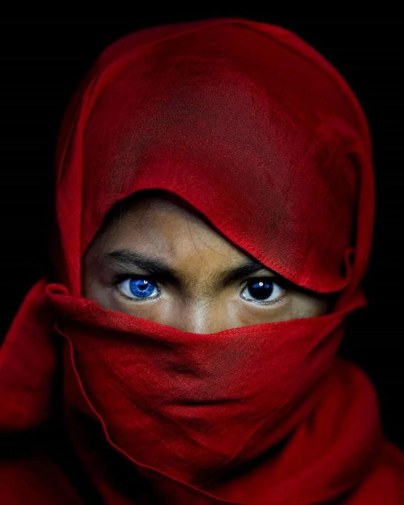 Veja um ensaio fotográfico desta Tribo da Indonésia que parou a Internet2 - Veja o ensaio fotográfico desta Tribo da Indonésia que parou a Internet!
