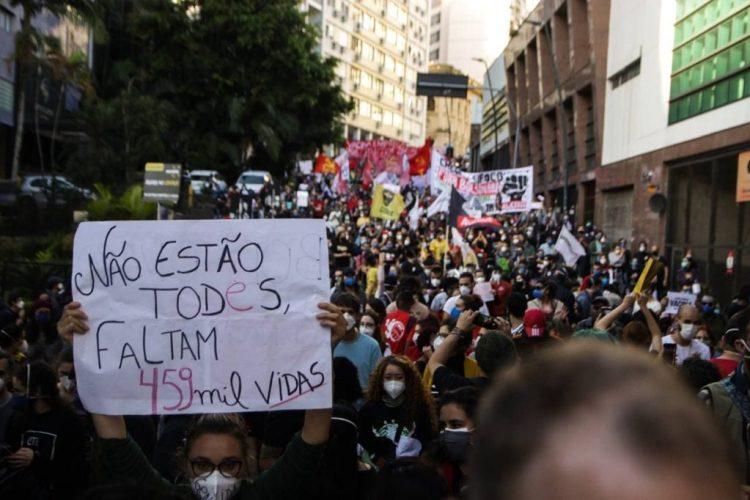 Ato Fora Bolsonaro em Porto Alegre. Foto: Carol Ferraz / Mídia NINJA