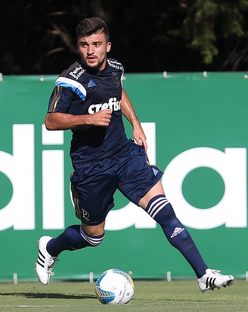 Victor Luis foi emprestado para o Ceará. (Cesar Greco/Ag. Palmeiras/Divulgação)