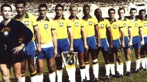 Em 1965, o Palmeiras foi Brasil por 90 minutos e inaugurou o Mineirão com vitória por 3x0 contra a seleção do Uruguai.