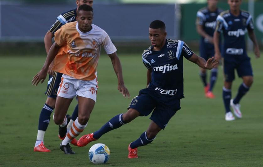 Gabriel Jesus foi um dos destaques do jogo-treino com o Atibaia. (Cesar Greco/Ag. Palmeiras/Divulgação)