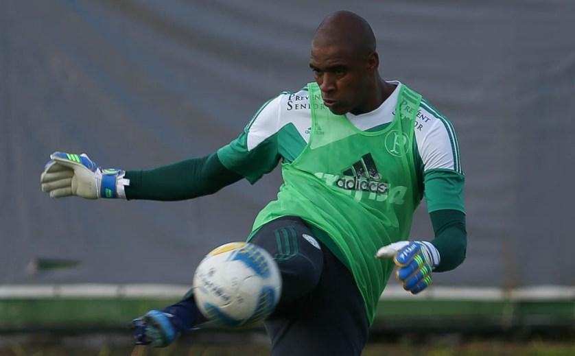 Estou muito à vontade aqui e feliz por defender as cores de um clube tão grande. (Cesar Greco/Ag. Palmeiras/Divulgação)