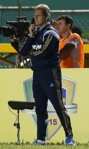 Oswaldo comemora superação da equipe na partida, mas veta empolgação. (Cesar Greco/Ag.Palmeiras/Divugação)