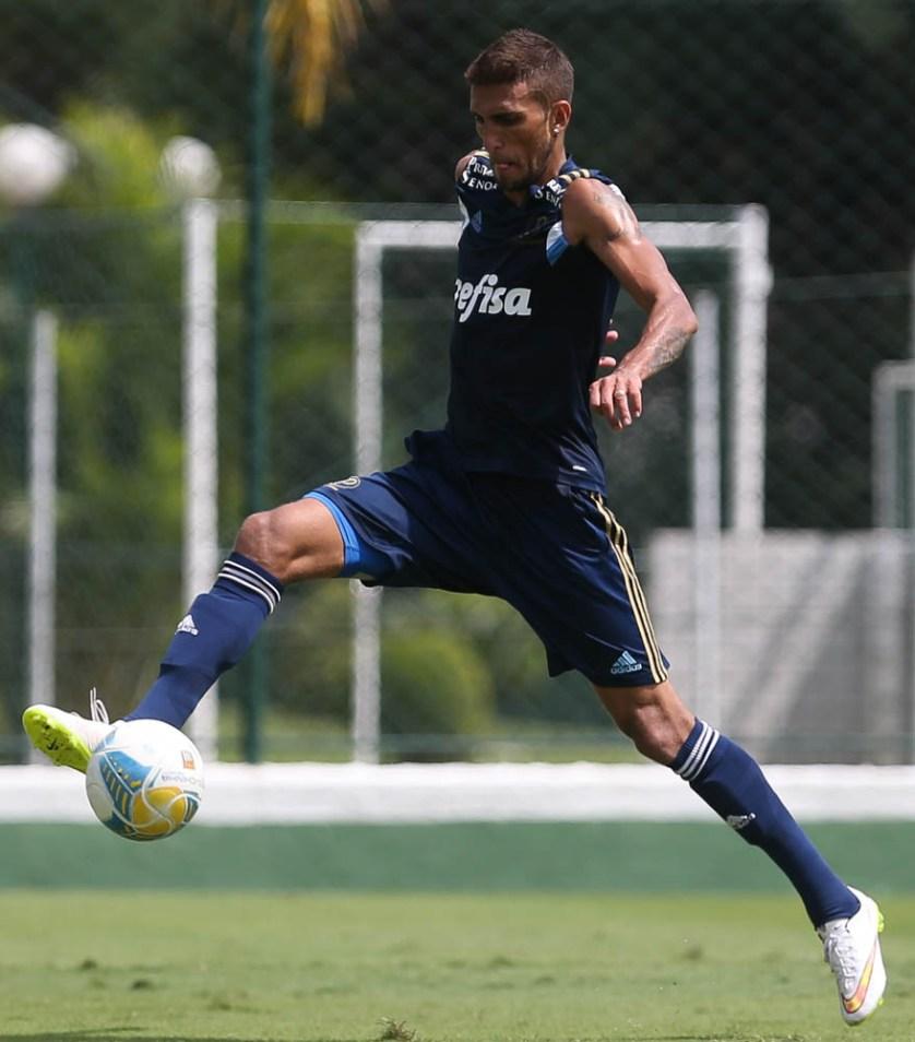 Rafael Marques ganhará nova chance no time titular, domingo contra o São Bernardo. (Cesar GReco/Ag. Palmeiras/Divulgação)