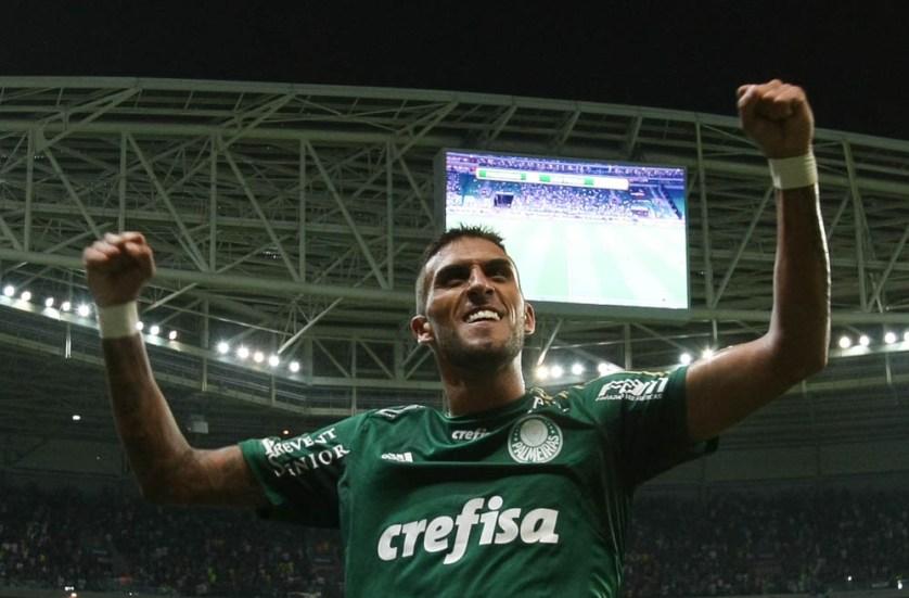 Rafael Marques dispensa o rótulo de craque, mas  promete muita luta durante os 90 minutos. (Cesar Greco/Ag. Palmeiras/Divulgação)
