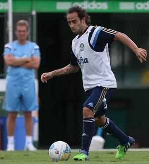 Valdivia treina, supervisionado por Oswaldo de Oliveira (Cesar Greco/Ag. Palmeiras/Divulgação)